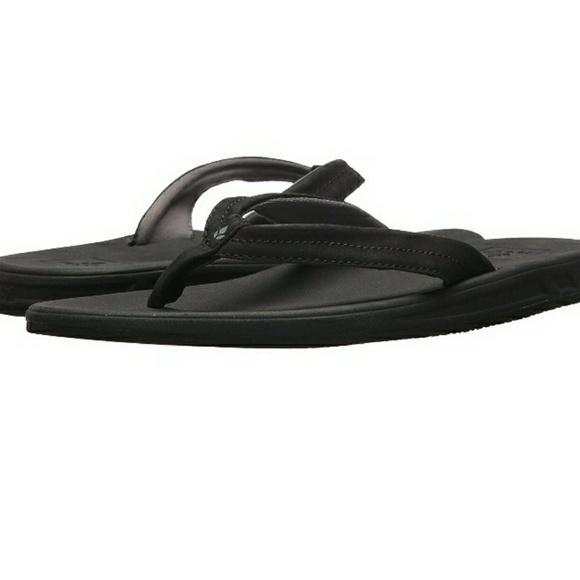 981e1b4e32bf Reef NWT Jumper Black Womens 11 Flip Flops Sandals